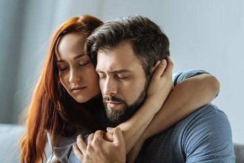 Relaciones simbióticas: todo juntos, nada separados