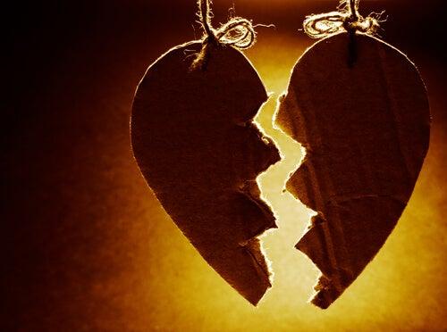 Cómo el hambre emocional devora el amor
