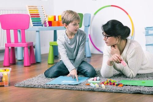 Los niños en terapia también juegan