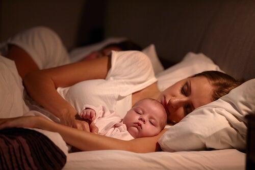 Hijos, ¿dormir o no dormir con sus padres?
