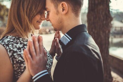 Aprendiendo a amar en relaciones de pareja equilibradas y sanas