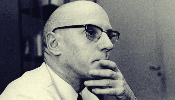 5 impresionantes frases de Michel Foucault