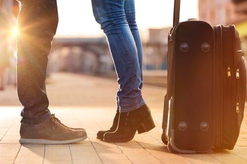 ¿Cómo mantener la intimidad de la pareja en la distancia?
