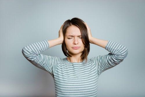 ¿Cómo puede ayudarnos la psicología en el tratamiento del acúfeno o tinnitus?