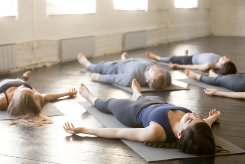 4 técnicas de yoga para dormir mejor
