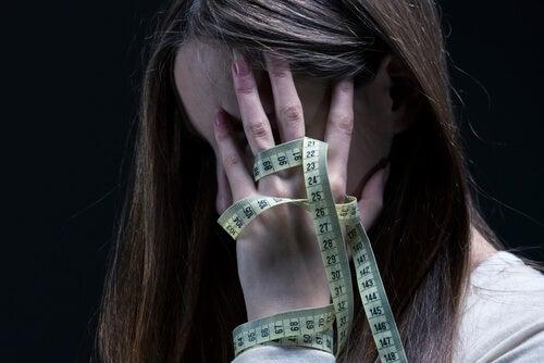 Sadorexia: síntomas, causas y tratamiento