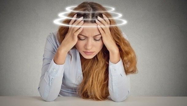 La ansiedad provoca mareos frecuentes, ¿cómo solucionarlo?