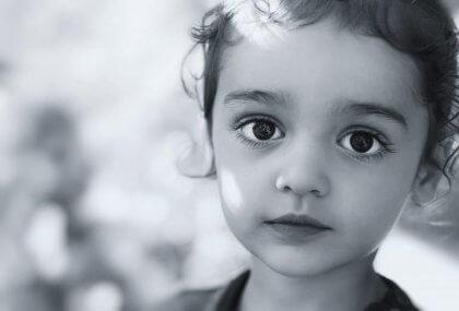 El niño callado y obediente no siempre es un niño feliz