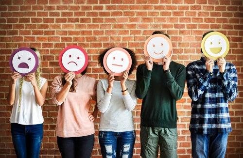 Interpretar las emociones de otros, una cuestión de confianza