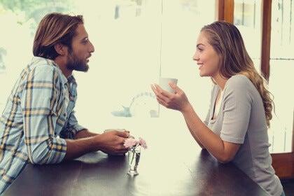 Las buenas conversaciones nos dan felicidad