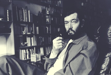 Julio Cortázar, biografía del gran intelectual argentino