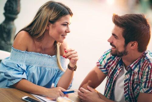Las chicas difíciles... ¿son más atractivas?