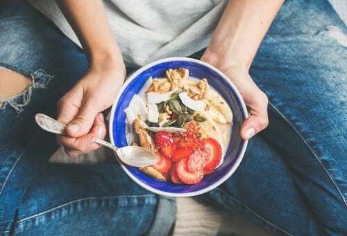 Alimentación consciente: mejora tu relación con la comida