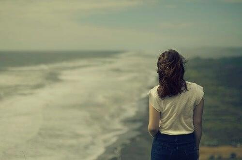 Cómo reconstruir mi autoestima tras la relación con un narcisista